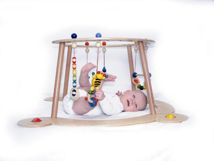 hess baby gym spiel und lauftrainer art nr hes13333 babyrutscher gutes aus. Black Bedroom Furniture Sets. Home Design Ideas